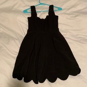 Black dress with cute cut